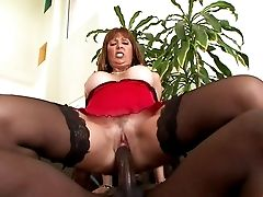 Matures Chick Called Desi Fox Falls In Love With The Chocolate Spunk-pump