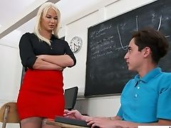 Voluptuous Chesty Schoolteacher London Sea Is In The Mood For Dirty Hump With Youthful Dude