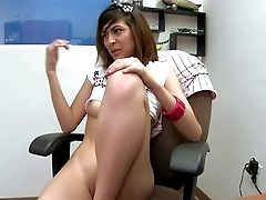 Heather Vahn Is Damn Sexy In Her Very First Time Vid