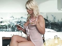 Ardent And Charming Tiffany Rousso Does Her Best As She Rails Strong Jizz-shotgun