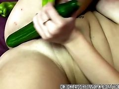 Perverted Coed Alisha Adams Is Fucking Her Muff With Veggies
