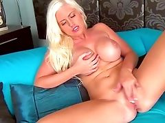 Blonde Chloe Dee Is Proud Of Her Big Cans And