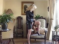 Slave Lollipop Pumped By Nylon Wifey
