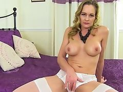 Matures Kneads Vulva In Excellent Solo Tryout