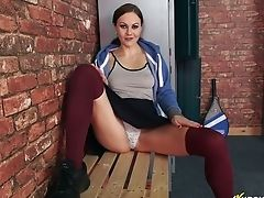 Addicted To Hard Dick Stunner Tina Kay Shows Off Her Round Labia