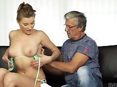 Rich Grandfather Fuck Daughter-in-law-in-law