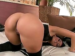 Sensuous Sexy Honey Exposes Her Nice Rump Flashing Her Jummy Cunt As She Massages It Passionately