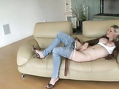 Piercings Margo Russo Has A Good Time Masturbating Her Love Tunnel
